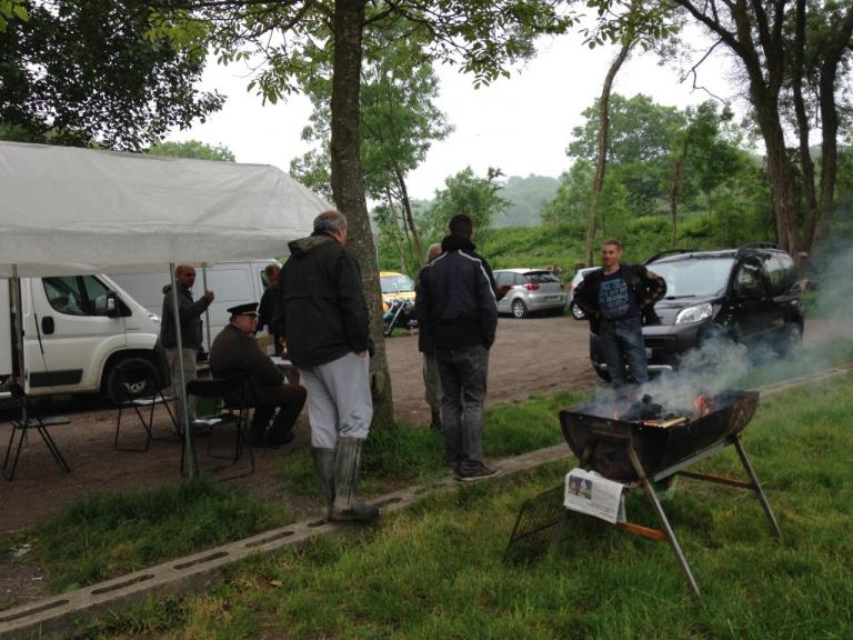 Le barbecue chauffe